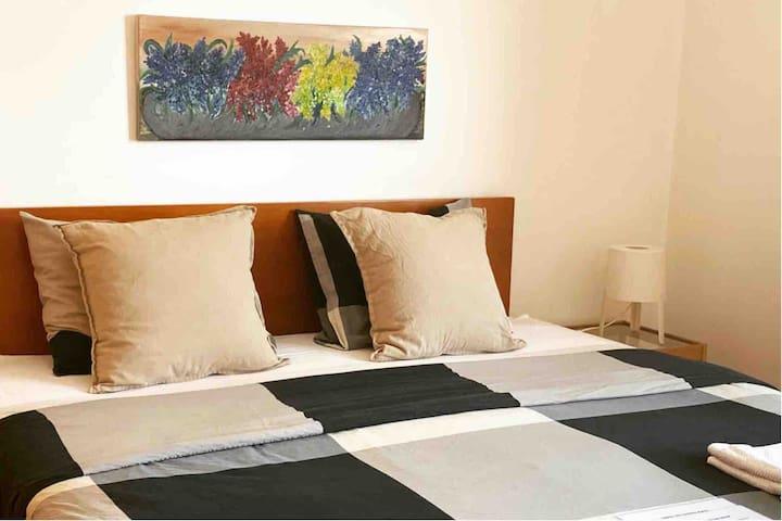 GORGEOUS BEDROOM WITH BALCONY BRANCO