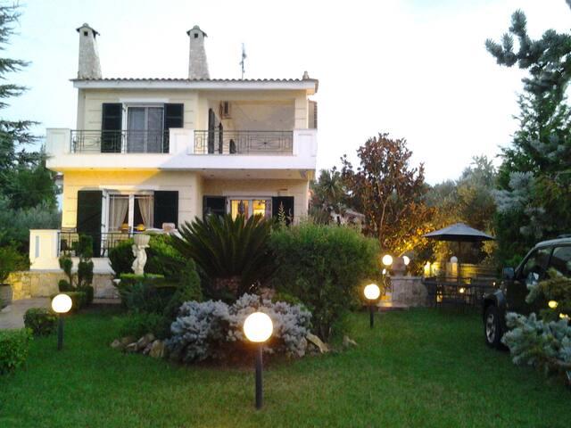 Secret Garden - Evia - Villa