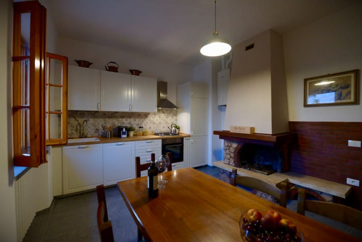 Il Poggetto Chianti Cottage near Florence