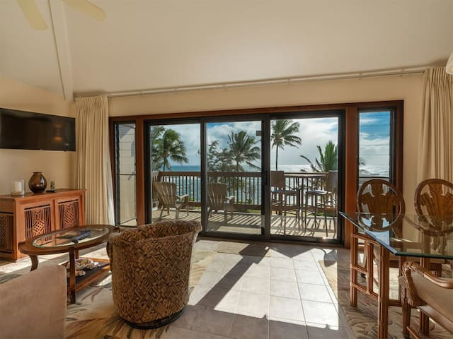 East Kauai OV Bliss! Open Kitchen, Lanai, WiFi, TV, DVD+Ceiling Fans–Kaha Lani 321