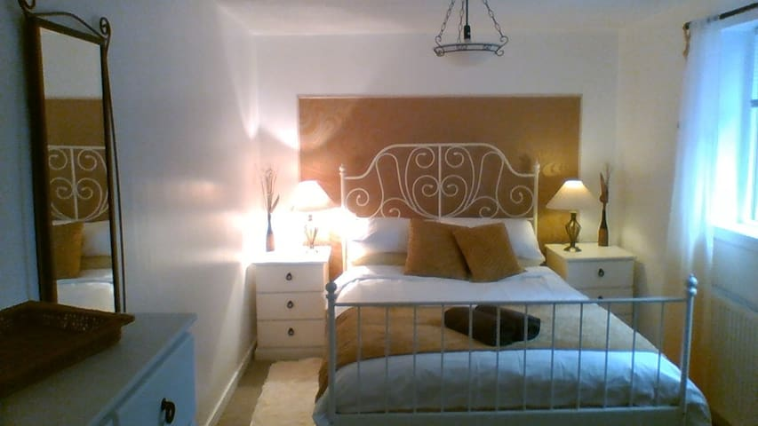 delightful cosy  room
