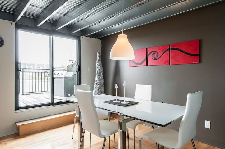 Penthouse with Roof Terrasse - Montréal - Wohnung