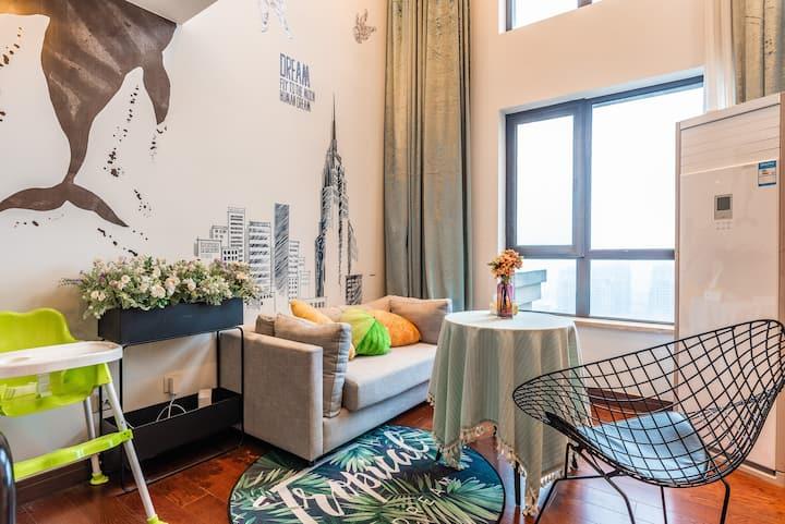 沈家门海景高层loft两居公寓,交通便利