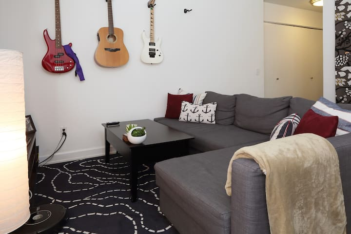 Studio Apartment in a Doorman Building - New York - Appartement