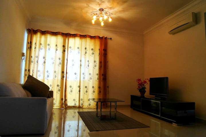 Resort like stay @ Bukit Serdang - Seri Kembangan - Apartament