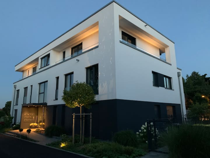 Modernes Appartement (1. OG) im Neubau