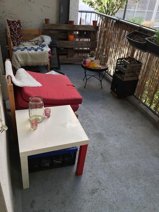 Der Balkon von der Küchenseite aus.