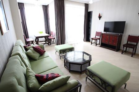 Cozy&Romantic Apartment - Tbilisi