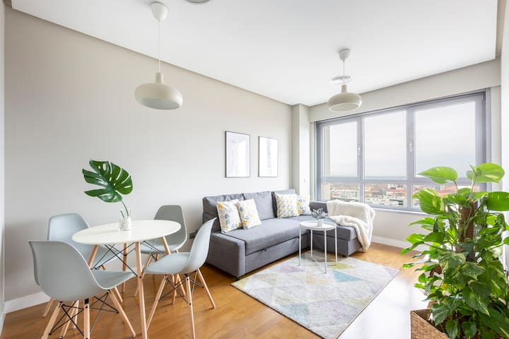 17H - Magnificent apartment with beautiful views