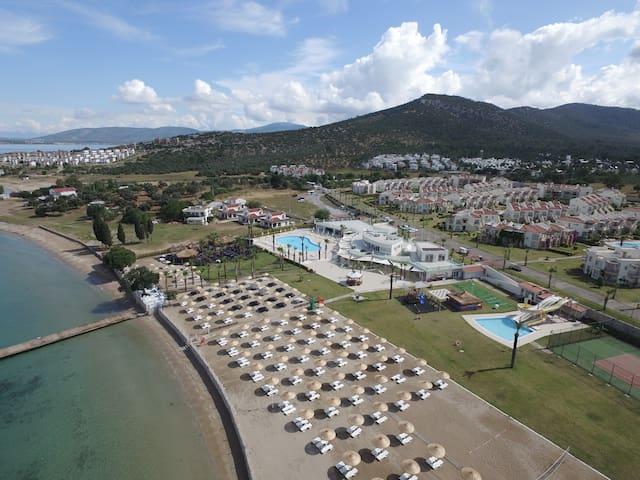 APOLLONIUM SPA BEACH RESORT 3 YATAK ODALI VİLLA - Bozbük Köyü - 別荘