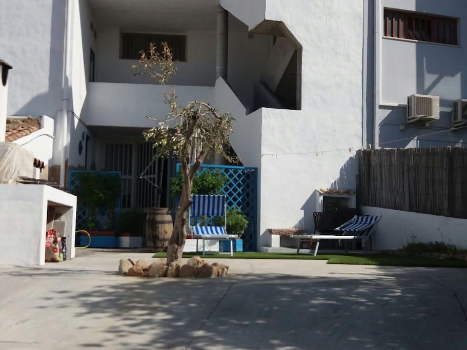 Casa vacanza in centro sant 39 anna arresi porto pino for Piani di cabina di tronchi di 2 camere da letto