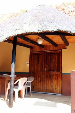 Mashovhela Bush Lodge - Budget:Chalet 10