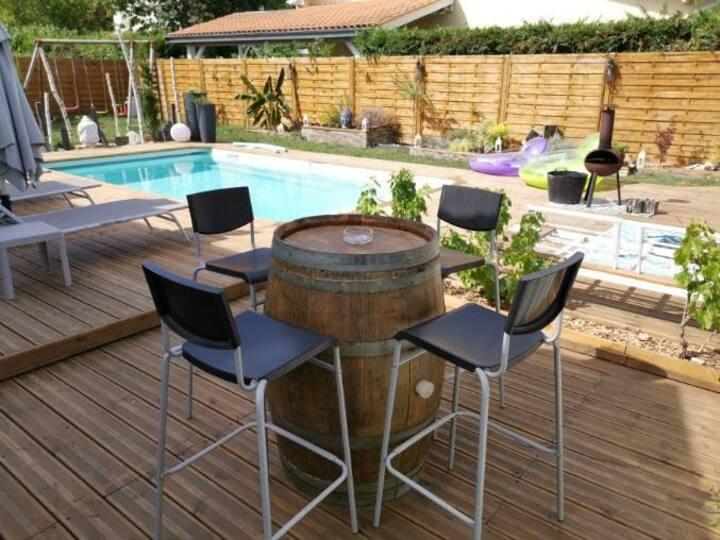 Maison toute équipée avec piscine chauffée
