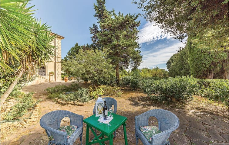 Holiday apartment with 1 bedroom on 80m² in Rosignano Marittimo