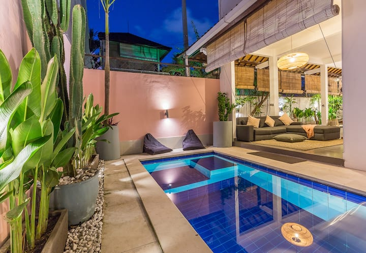 2bd Villa NaDiN in center of Seminyak