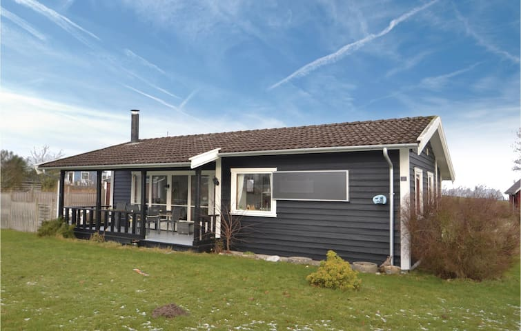 Holiday cottage with 2 bedrooms on 55 m² in Glesborg