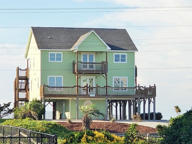 Incredible Sound and Ocean Views, Emerald Isle, NC