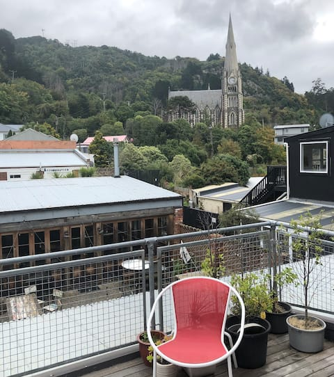Seaside Apartment in the heart of Port Chalmers