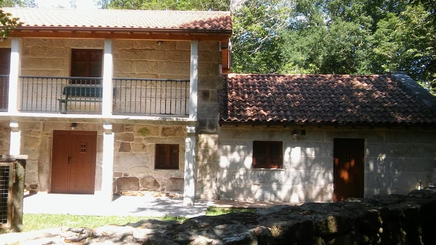 CASA RURAL, A VEIGA DO FORNO (4 PERSONAS)