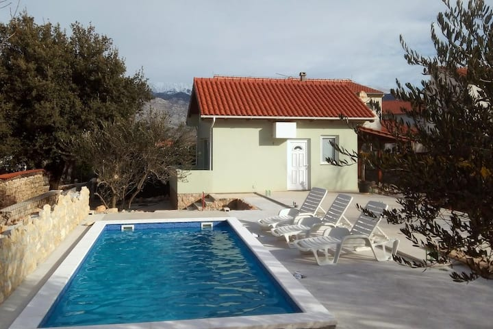 One bedroom house with terrace and sea view Vinjerac, Zadar (K-9689)