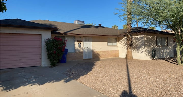 4 bedroom/2 bath  - empty home
