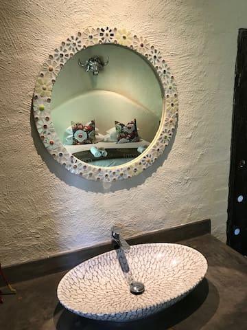 Bushbaby suite