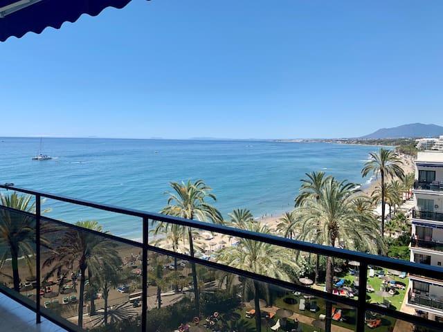 Skol 507 beachfront central views WIFI