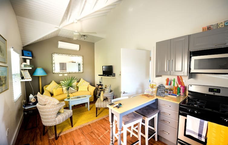 COZY APARTMENT IN GRAND CAYMAN - GEORGETOWN - Pis