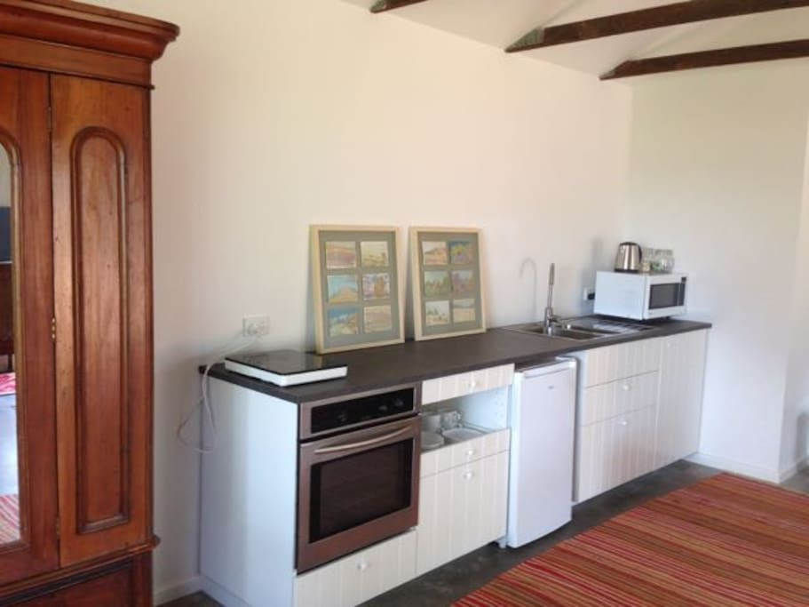 Well appointed kitchen for self contained cooking