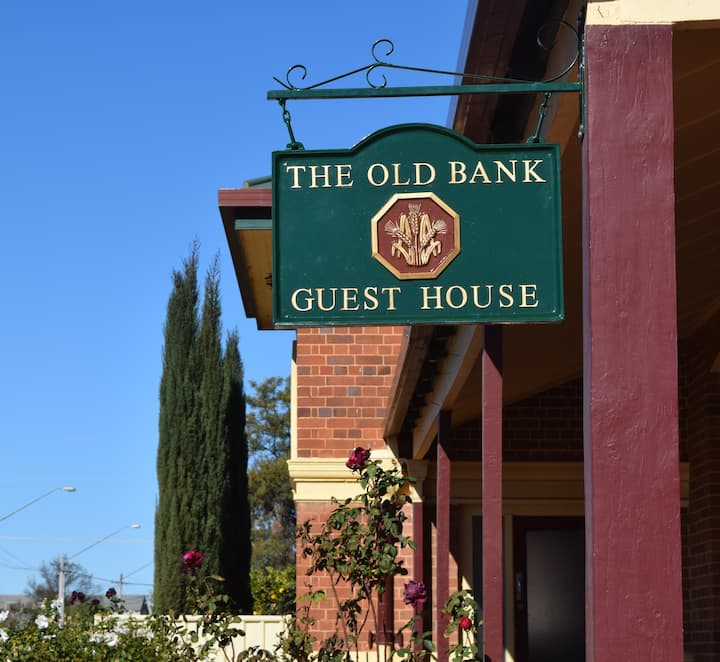 The Old Bank Guesthouse