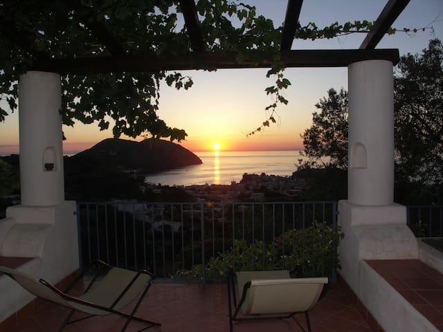 Villa Hermes Case Vacanza - リパリ