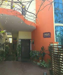 furnishd 1 BHK, close to metro nayandahalliyalli