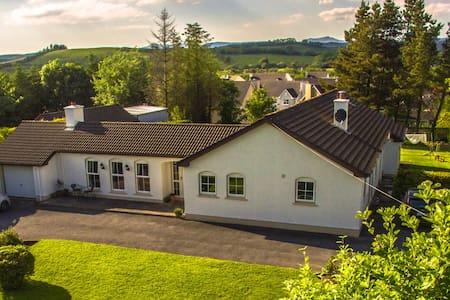 """"""" Glenkeeran """" Double Ensuite Room in Donegal Town"""