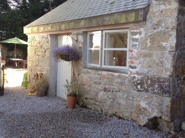 Cosy Smithy in the countryside - Helston - Haus