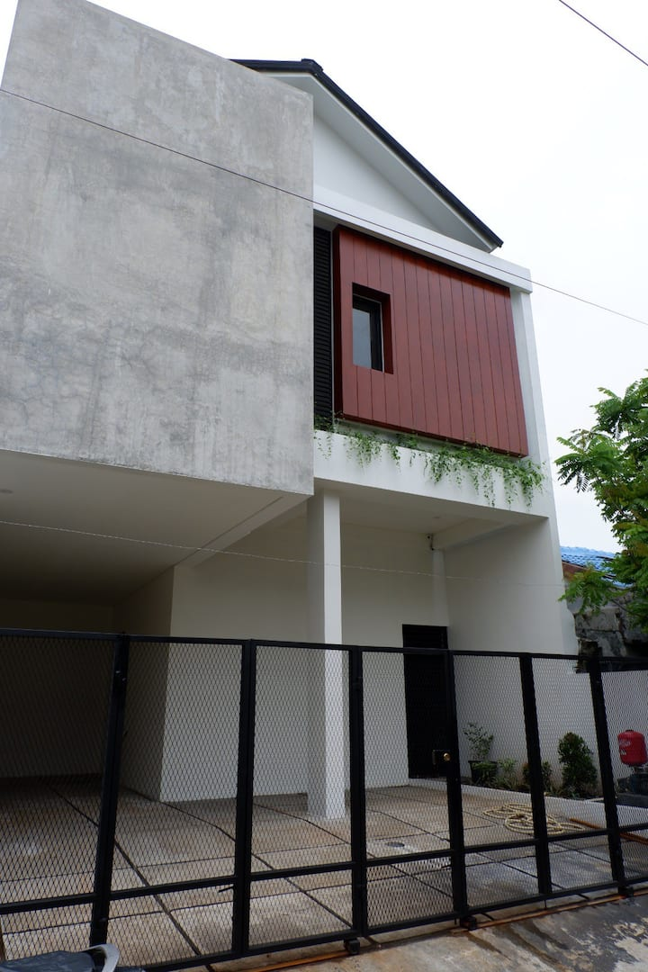 Kost Executive Sigriswil House Bekasi Timur