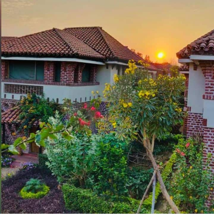 Aamar Bari Ekante - a Greenfield Property