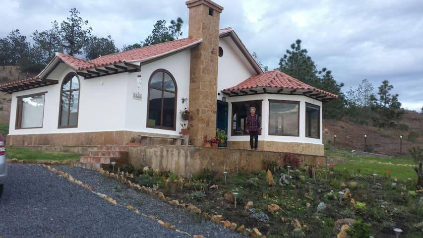 Casa estilo loft vista panoramica - Villa de Leyva - Huis