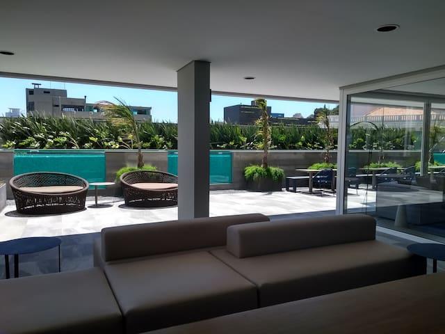 Apartamento novo próximo ao Shopping Beira Mar