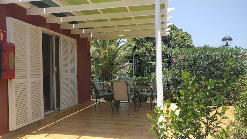 Bungalow with big private terrase in Maspalomas.