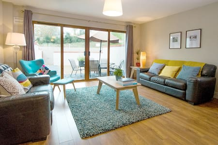 W8 Village Self Catering