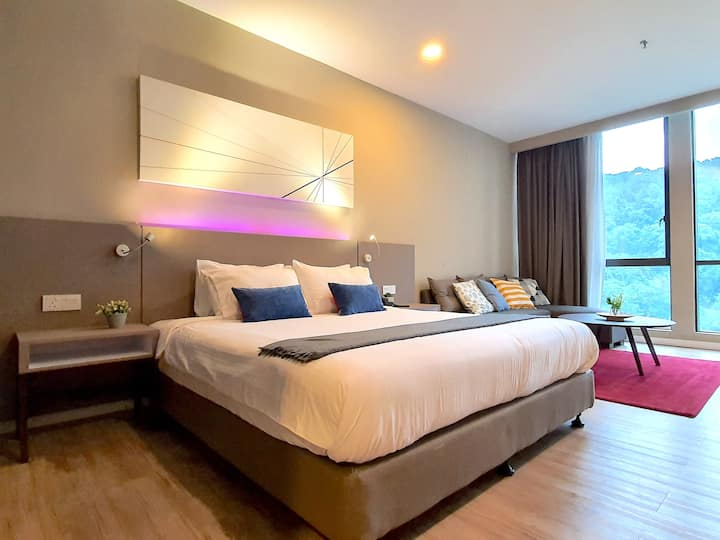 Empire Damansara | Deluxe King Hotel Suite