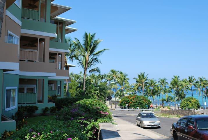 Beach Villas Kahaluu On Kona Coast