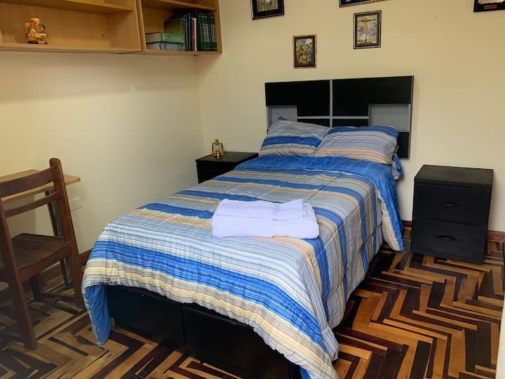 Habitación la Molina estudiantes/negocios/turismo