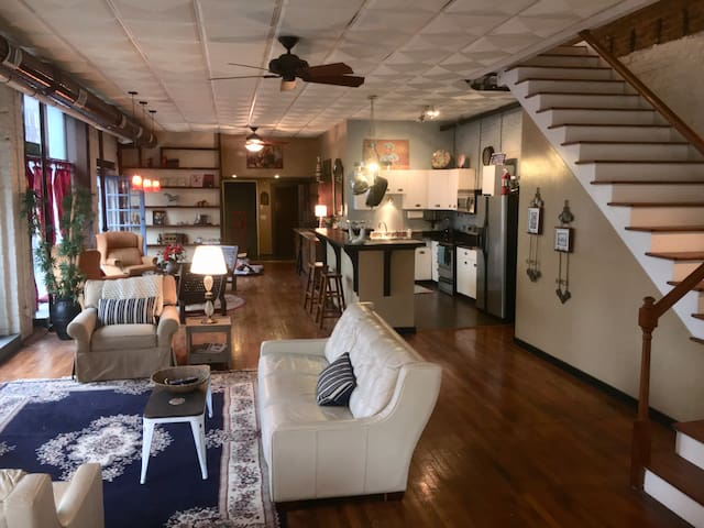 Downtown spacious two story loft