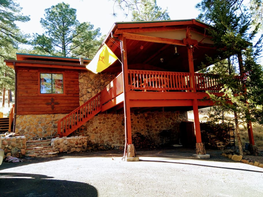 Peaceful cozy cabin in the woods cabins for rent in for Cabin rentals near ski apache