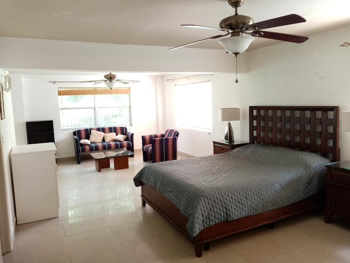 Apartment near Panama Canal,  7 minutes approx.