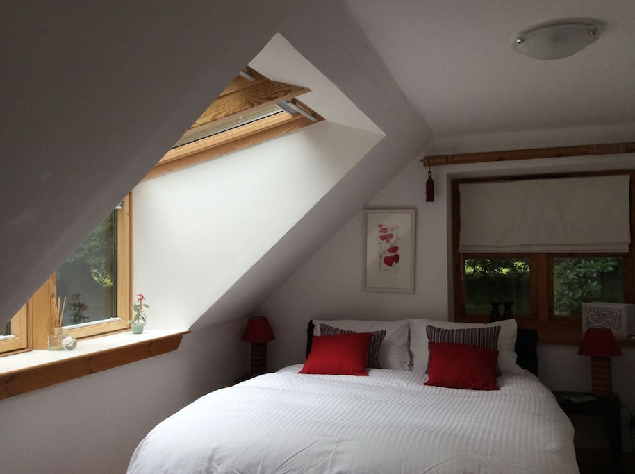 Double aspect bedroom with views and ensuite