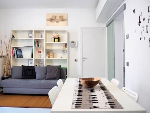 Modern appartement met eigen parkeerplaats en tuin