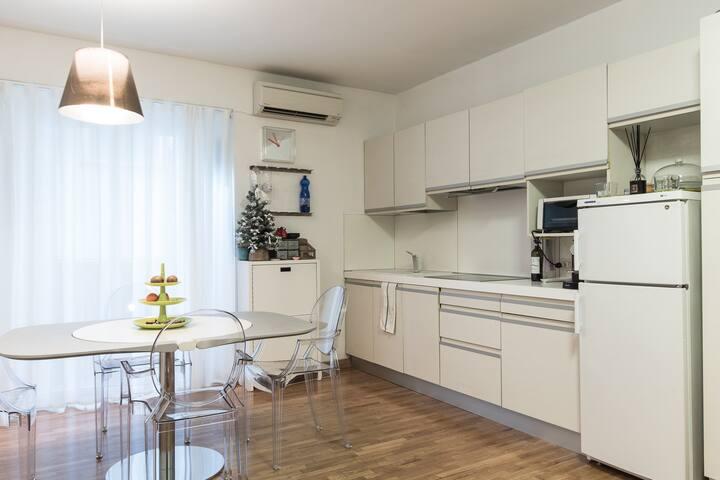 GREAT FLAT 5MIN TO BRERA - Milão - Apartamento