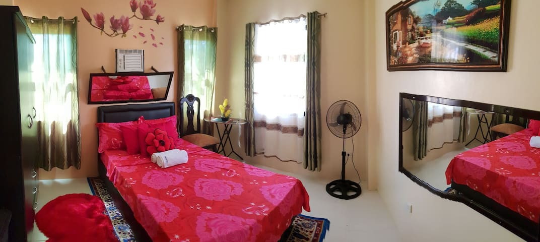 Mortel's Apartment Unit A     Sn. Antonio Zambales